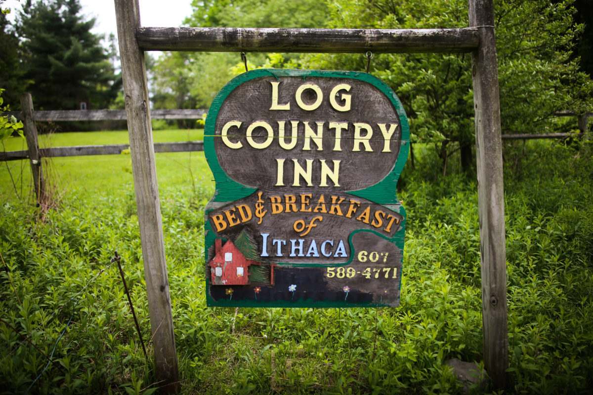 Log Country Inn B&B of Ithaca
