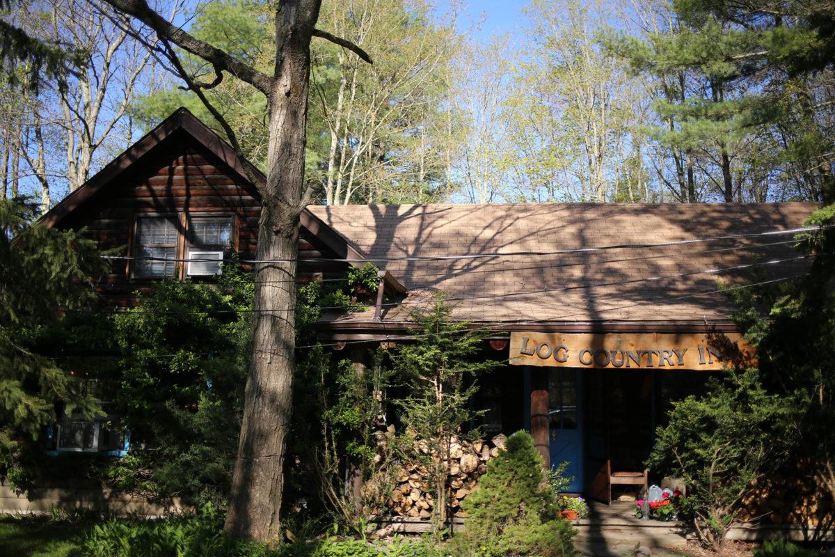 Log Country Inn B&B of Ithaca - Main House